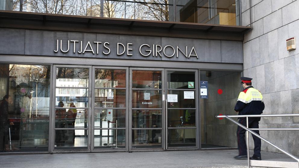 Un jutjat de Girona tomba una demanda del BBVA contra una parella de Salt